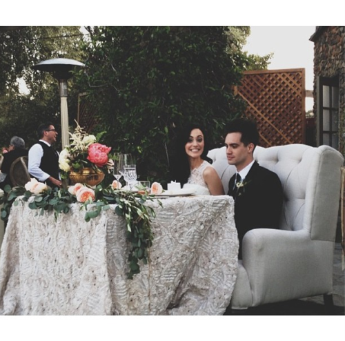 "imissedyourbones:  ""my beautiful princess bride and her groom. @hellosarahsays""- Rachel K."