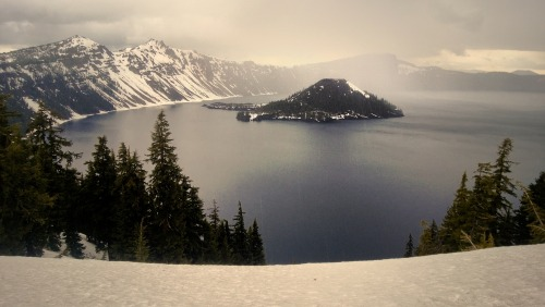 rvillasanti:  Crater Lake National Park, Oregon.