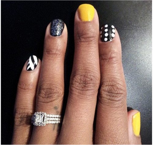 #nails done by me 😙 mark your appointment NOW or LATER LADIES & gents ! #anicenails … Follow @fetyshshoes !!