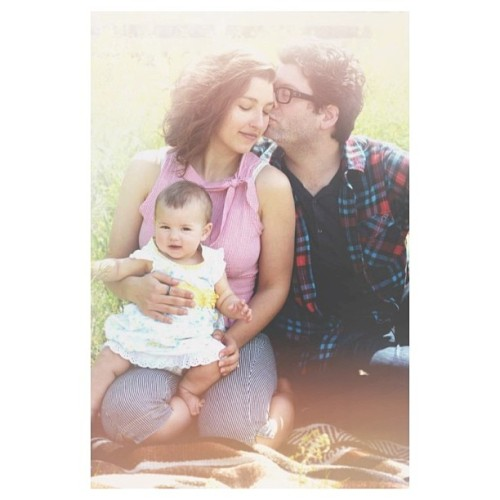 A sweet little #noniphone image of this happy family.