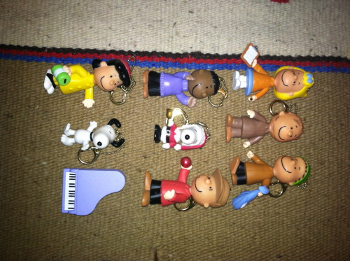 Poseable Peanuts Christmas figurines/ornaments 1980s
