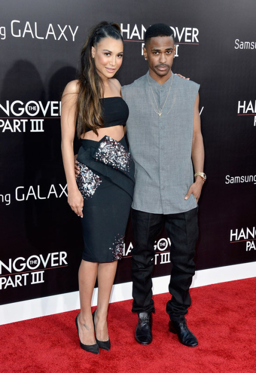 thefashionbomb:  Hot! or Hmm… Naya Rivera's HollywoodHangover 3 Premiere Bandeau Top and Donna Karan Resort 2013 Black Embellished Origami Skirt