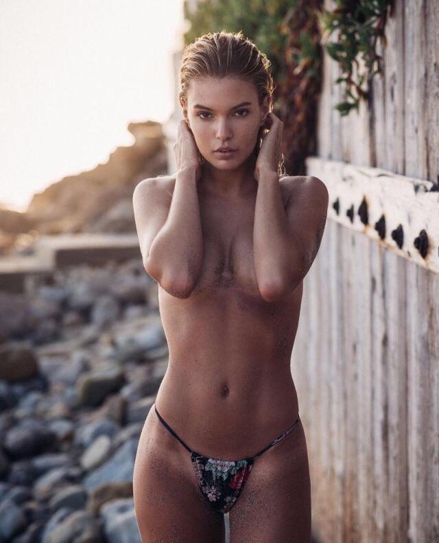 блондинки лесбиянки порно ретро