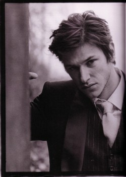 just going to leave this photo of Gaspard Ulliel here…