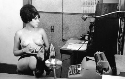 retrogirly:  Another busy day at the office.
