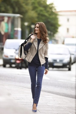 v0gue-dust:  oliviapalermoblog:  Olivia Palermo & Johannes Huebl Photoshoot in Palma de Mallorca | THE OLIVIA PALERMO LOOKBOOK  queued <3