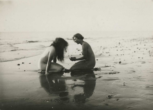 semioticapocalypse:  Gerhard Riebicke. Two young girls in water, circa 1935 [::SemAp::]