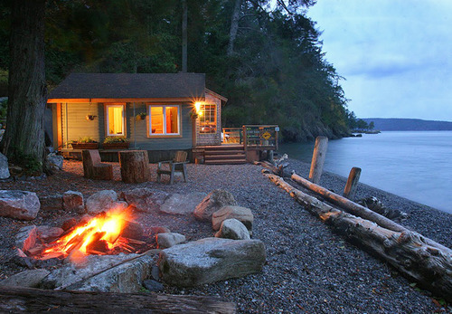 Cottage, Orcas Island, Washington  photo via pam