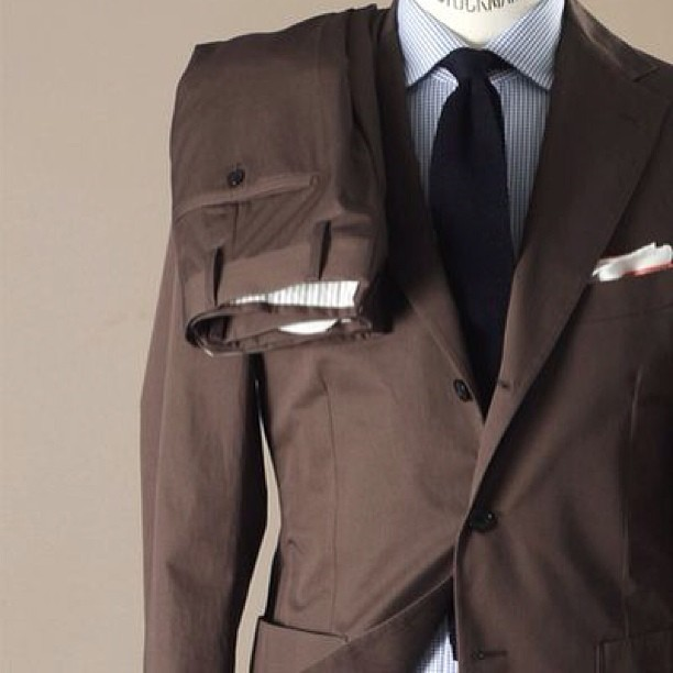 #cotton #suit #belvest #tobacco #brown #casual #style #menswear #summer #spring #knitted #tie #shirt #finamore courtesy of manolo.se
