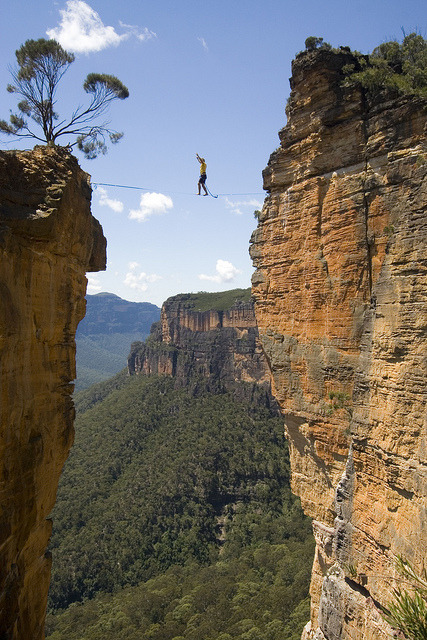 visitheworld:  Walking on the Hanging Rock highline, Blue Mountains, Australia (by Loz 'n Tim).