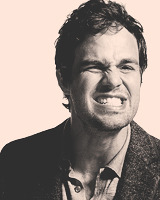 tonystaarrk:  9 favourite photos of Mark Ruffalo requested by anon  OMG… let me go and faint.