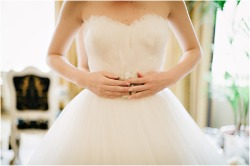 enchanting-weddings:  Photographer : Claire Morgan Photography