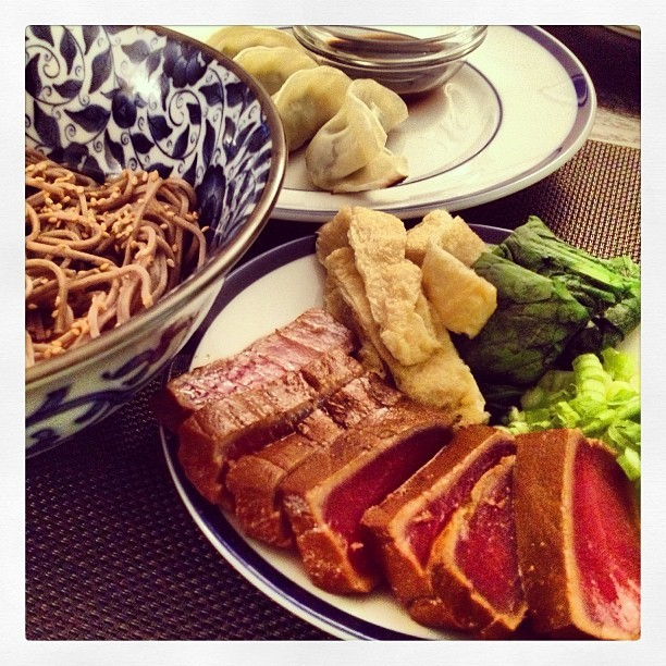 First dinner of 2013 with @jgoldner: magurozuke, soba, gyoza …