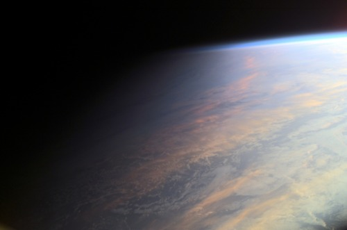 n-a-s-a:  Earth at Twilight Image Credit: ISS Expedition 2 Crew, Gateway to Astronaut Photography of Earth, NASA
