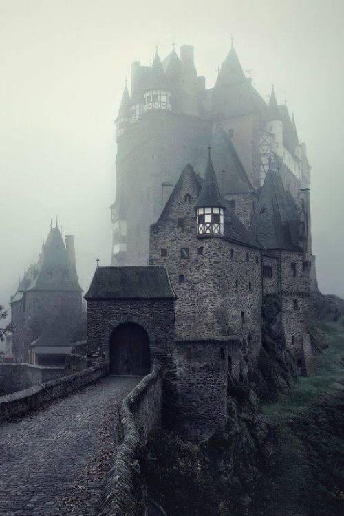 Eltz Germania germany castel castello beautiful amazing