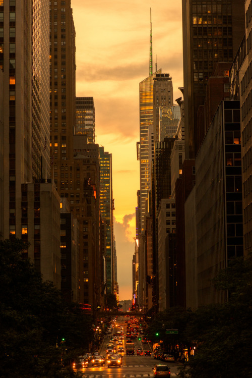 breathtakingdestinations:  42nd St. New York (von Sunset Noir)