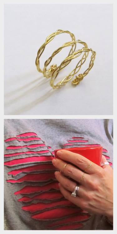 DIY Wire Braided Rings Tutorials from Wobisobi here. Love the shirt on the bottom photo? I posted Anne's shredded heart tee here. For lots more easy wire jewelry go here: truebluemeandyou.tumblr.com/tagged/wire and for more of Anne's easy jewelry and tee restyles go here: truebluemeandyou.tumblr.com/tagged/wobisobi