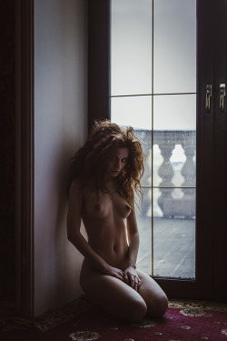 Untitled by Maxim Chuprin via Photodom Model: Yekaterina