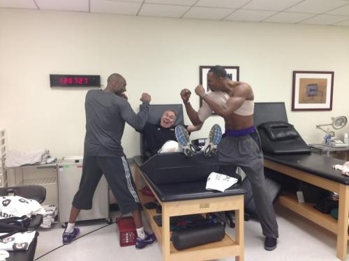 Dwight and Kobe fighting?!? There's PROOF!!! Stop the presses! gotemcoach:  #WOW:  Kobe and Dwight are playing all of us Rumors of the Lakers in-fighting traveled fast.  As you can plainly see, it's true!  Kobe and Dwight are so mad at each other, the fights are spilling over into the training room! I submit this as one of the Greatest NBA tweets of All-Time, and the finest response to an NBA twitter rumor ever. #GotEmCoach