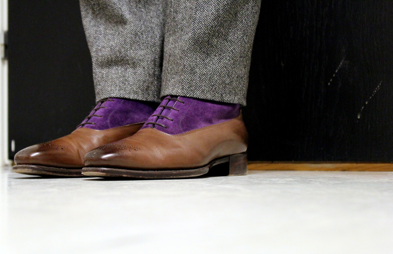 gntstyle:  19/12/2012 - Wednesday full of herringbone and purple II. Real Men LifeStyle? Follow: BLOGFACEBOOK