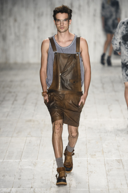 thefashionguy:  Herchcovitch S/S 2013-14 in Fashion Rio  Alexandre Herchcovitch showed your 2nd line, Herchcovitch. The inspiration was a photo…  View Post