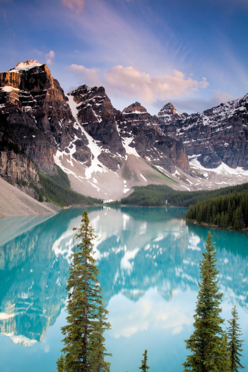 30andbroke:  Moraine Lake