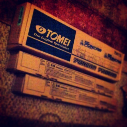 Came home from work and this is what greets me #Tomei #Camshafts #256Deg #8.50mmLift #Procam #Poncams #FRSport #Nissan #Skyline #RB20DET #240sx #s13 #FatBack #JDMLifestyle #BackInTheGame