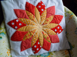 Swappen Pillow by Johanna {Jona&Lili} on Flickr.