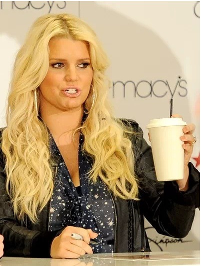 "Despite rumored reports, Jessica Simpson will not be following an exact diet plan during her second pregnancy and Jessica did not hire a ""Weight Watchers Chef"". This news was confirmed by a rep and also by the fact that sanctioned WW chefs don't exist."