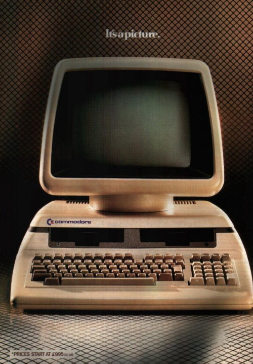 Commodore 700 VIA
