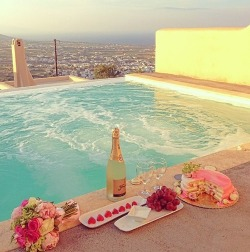 luxury | via Tumblr on We Heart It - http://weheartit.com/entry/62095168/via/lilyallen106   Hearted from: http://silverspoonsandneonmoons.tumblr.com/post/50921720157