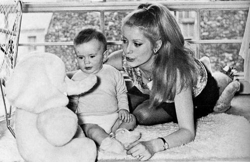 allineedistalkingtothemoon:  Catherine Deneuve & Christian Vadim