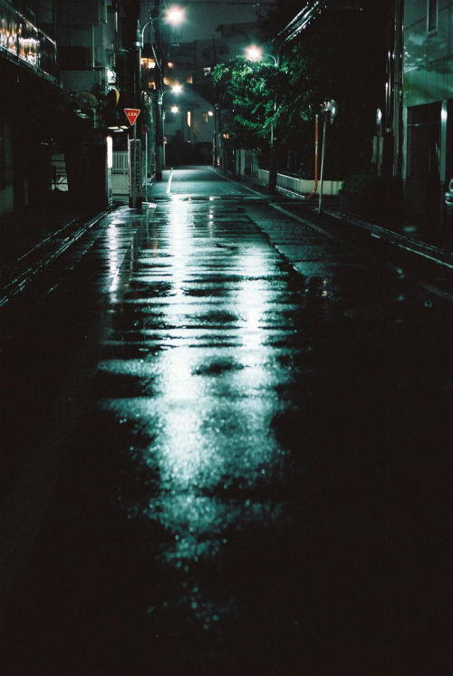 hellanne:  after the rain (by u+m)