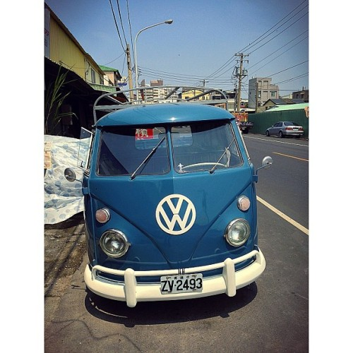 VW 1961 😬 #vw#1961#paint #paintwork #old#car#funny#work by extreme6789 http://bit.ly/172Igrf