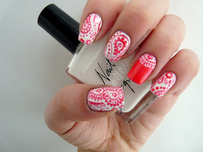 unhasgatas:  precious polish: Pretty Paisley no We Heart It. http://weheartit.com/entry/53425965/via/BeautyliciousBlog