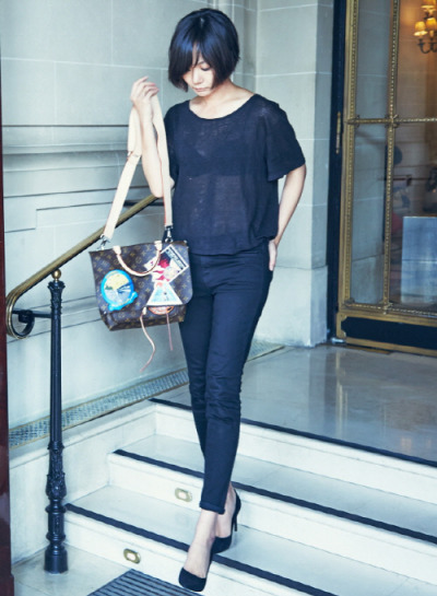 Our ever-so chic #DoonaBae in Paris, France, Oct, 2014