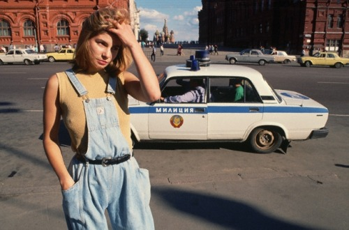 basorexicmess:   prostitute in moscow, 1991  she's such a pretty prostitute she looks sad
