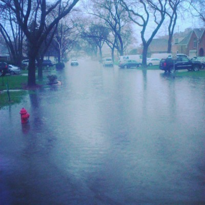 infatuationisabitcch:  Well then…. #chicago #flood #school #la #loyola #fuckup #why #fourhours