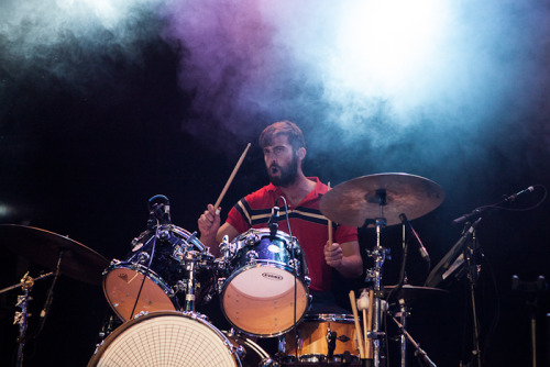 Chris Tomson at Metro Theatre in Sydney (Photos by Clare Hawley)