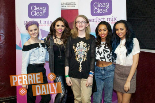 Meet and Greet in Manchester xx.More pics here.
