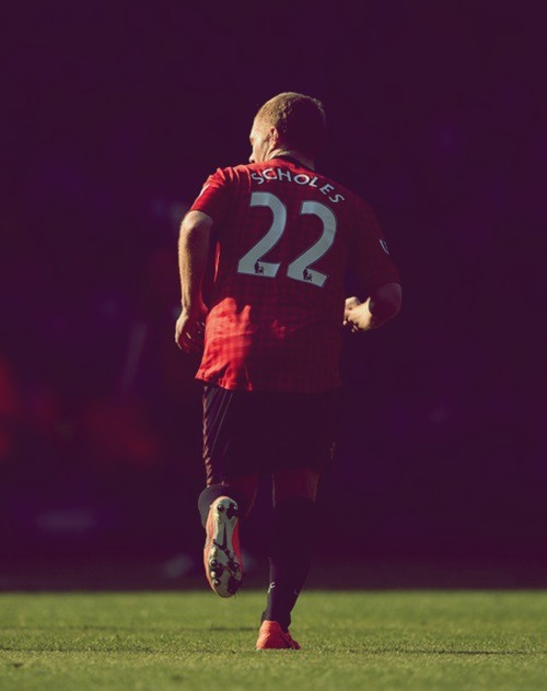 "iloveunited:  ""I love football, have done since I first started kicking a ball as a boy. But I am not interested in the things that go with it. For me, it is about the game, the pleasure of striking a ball. It is not about having my name up in lights."" ""I was pleased to retire when I did because I was overshadowed by bigger names bowing out at the same time. I got out under the radar."" - Paul Scholes"