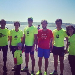 With Scalabis Night Racers at Correr Na Cidade training session. #corrernacidade_crew #running #runningculture #crewlove #skymag