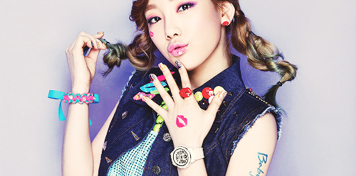 TAEYEON Birth Name: Kim Taeyeon DOB: March 9, 1989 Homeplace : Jeonrado Jeonju Blood Type: O   EXTRA FACTS! Her phone was once lost and it was found inside the refrigerator. Before, Taeyeon sleep walked and used the elevator several time while sleeping. She run away several times from the dorm during training days because of exhaustion. Taeyeon's talents came from her parents. Her dad was a vocalist in a band, and mom had won children's song competitions when she was young. She wears contacts. She has 5 piercings. Taeyeon's ideal guys is the one who's humerous and has a good skin.
