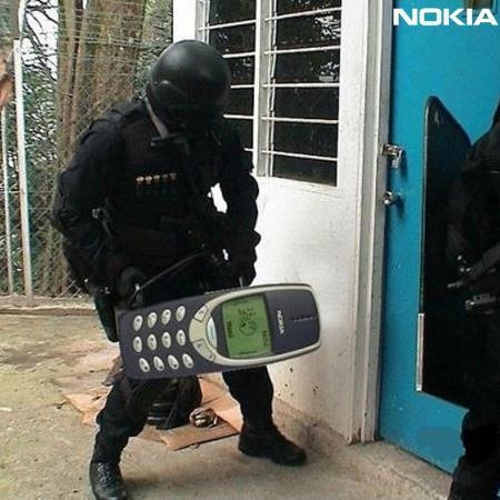 Breaking and entering with Nokia, what a phone