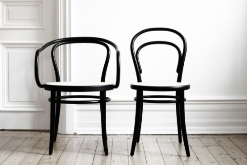 lifeonsundays:  Thonet.