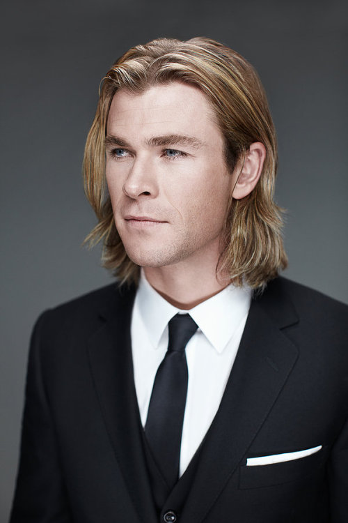 Chris Hemsworth Photoshoot from the BAFTA press call [x]
