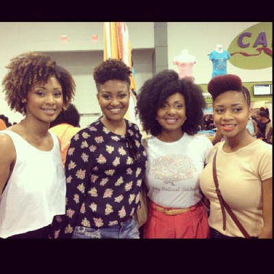 @mynaturalsistas at the #worldnaturalhairshow ! #naturalhairshowatl #naturalhairshowconvention 😁😁😁