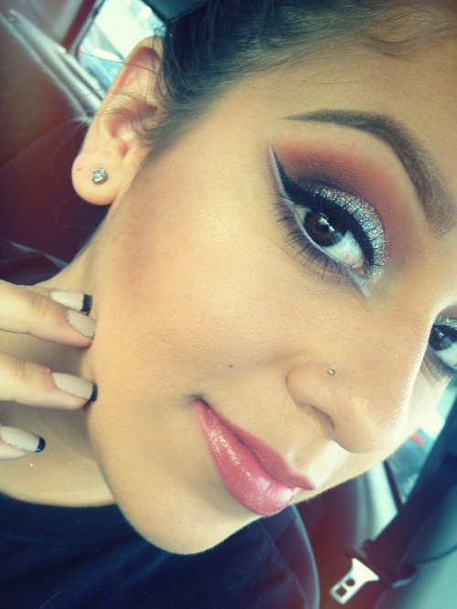 makeupftw:  http://www.beautyybox.tumblr.com ((:
