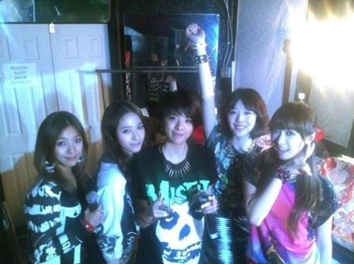 F(x) - Group Photo from SXSW 2013