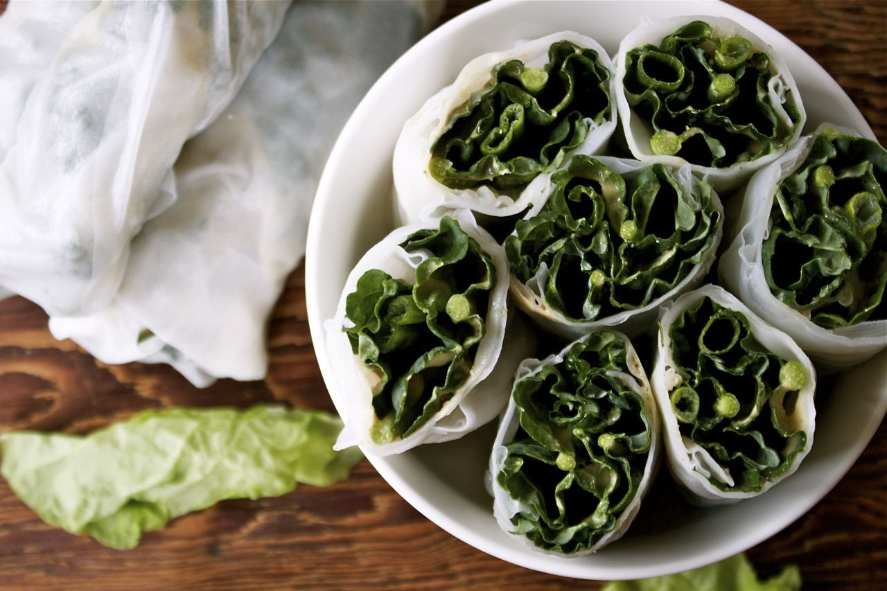 (via Recipe: Kale & Scallion Salad Rolls with Peanut Sauce | In Pursuit of More)